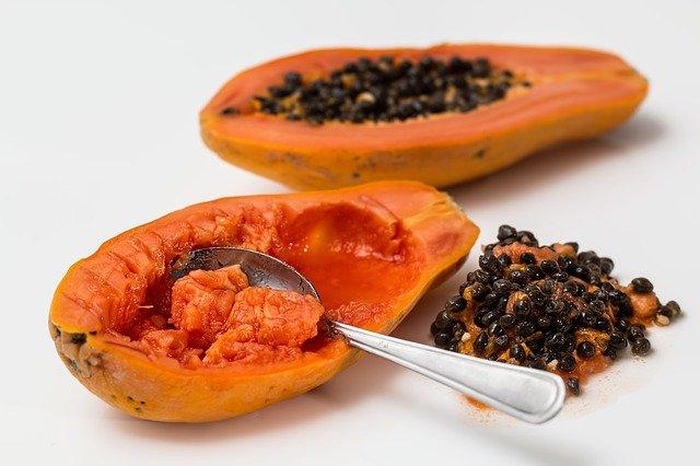 rozkrojená papaja