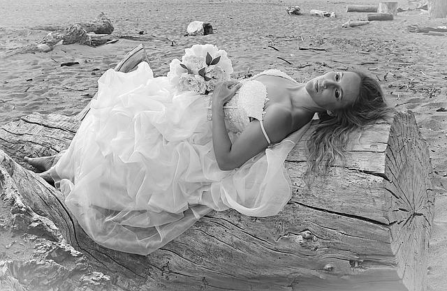 šaty svatební