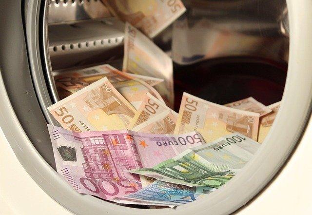 pračka peněz