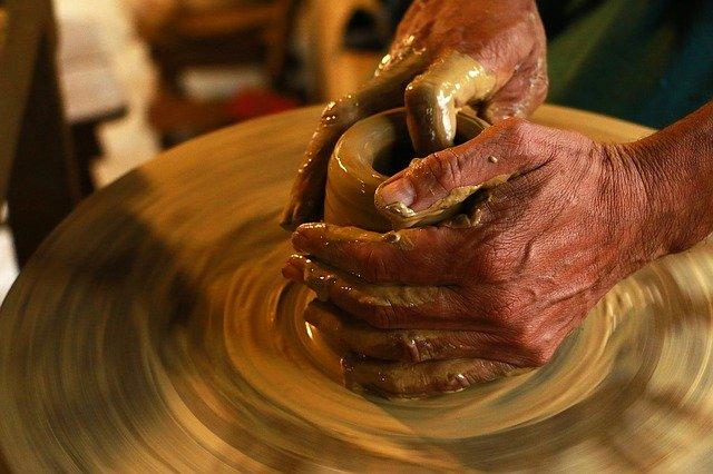 výroba z hlíny