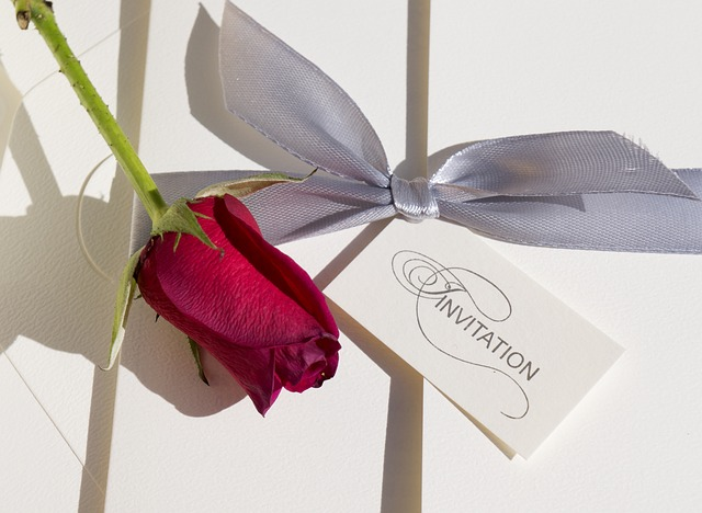 růže + pozvánka